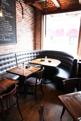 Restaurant Tables And Chairs Amp Restaurants Interior